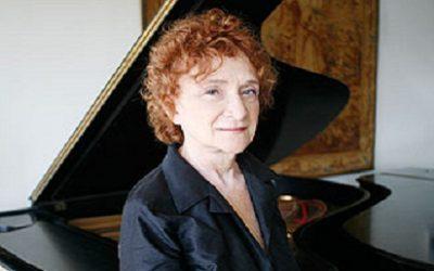 Exclusiva com a pianista Clara Sverner