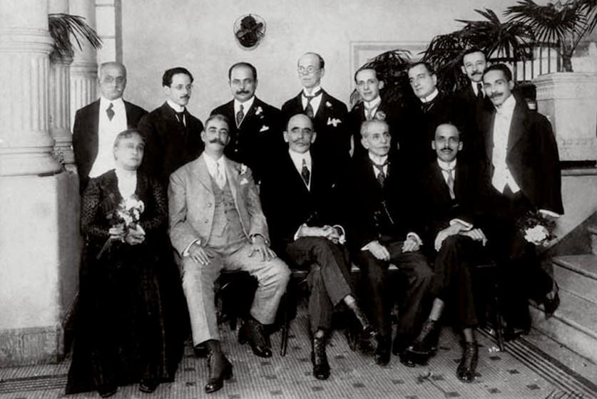 1926 - Chiquinha Gonzaga em recepção no Automóvel Clube. Fonte: Chiquinha Gonzaga, uma história de vida, por Edinha Diniz, Editora Zahar, 2009.