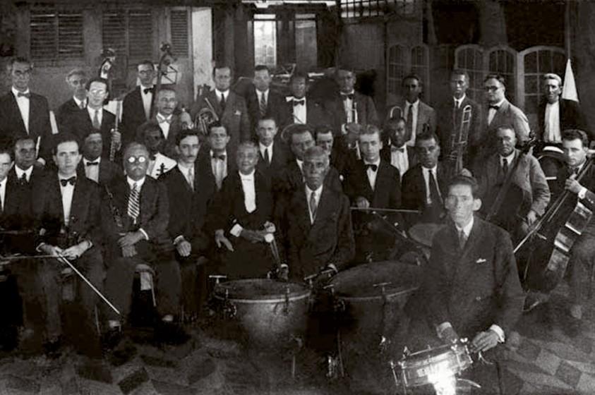Orquestra Chiquinha Gonzaga. Fonte: Chiquinha Gonzaga, uma história de vida, por Edinha Diniz, Editora Zahar, 2009.